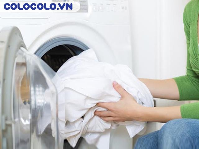 Vệ sinh rèm cửa bằng máy giặt