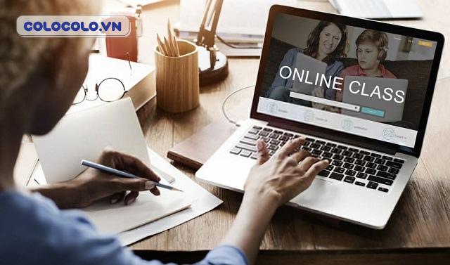 Học tập và làm việc online ở nhà mùa dịch là hoạt động phổ biến hiện nay