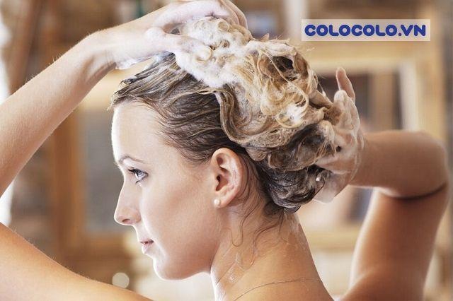 Rụng tóc nhiều đến từ nguyên nhân gội đầu không đúng cách