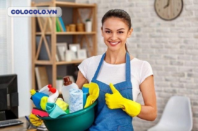 Dọn dẹp nhà cửa là hoạt động hữu ích khi ở nhà mùa dịch