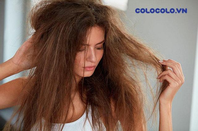 Tình trạng rụng tóc nhiều đến từ việc lạm dụng các hóa chất