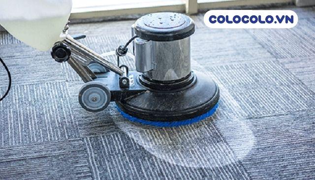 giặt thảm bằng bọt là cách vệ sinh thảm văn phòng lâu đời và hiệu quả cao